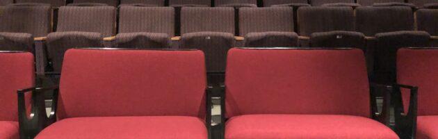 Nyheter inför höstsäsongen – förköp av biljetter och omklädda soffor